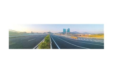 新博高速已正式通车 yabo官网北上湖南湖北可省时2小时